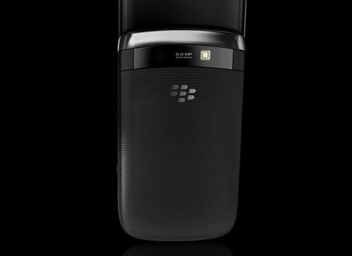 Blackberry Torch 9800 Smartphone BACK