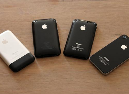 iPhones im Kreis liegent