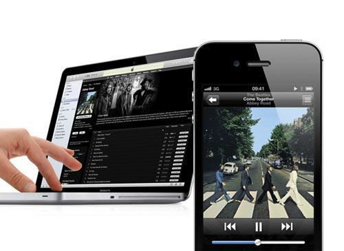 iPhone 4S iTunes