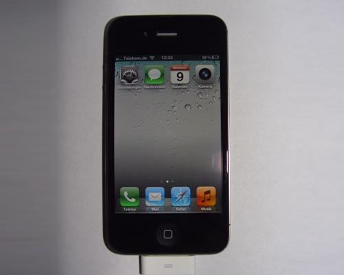 iPhone 4S mit Lade kabel