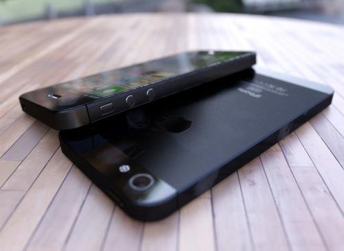 iPhone 5 2012 schwarz