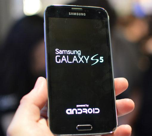 Samsung Galaxy S5 Note 4 Android L